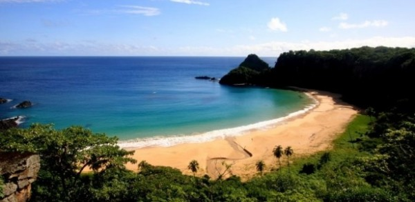 Praia no Brasil é eleita a mais bonita do mundo