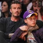 David Beckham se envolve em acidente de carro com o filho