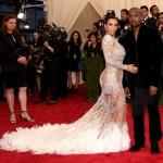 Kim Kardashian de Roberto Cavalli e Kanye West