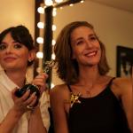Paola Orleans e Vania Goy comentam produtos da Glambox #PrêmioCOSMO