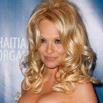 Pamela Anderson lança linha de vinhos
