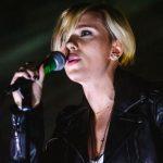 Scarlett Johansson versão cantora