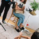 Alexa Chung é diretora artística de nova linha da UGG