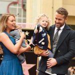 Filhas de Ryan Reynolds e Blake Lively aparecem em público pela primeira vez