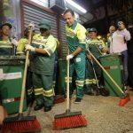 João Doria se veste de gari em seu 1º dia de trabalho como prefeito de São Paulo