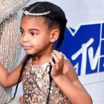 Filha de Beyoncé deve lançar linha de produtos com seu nome