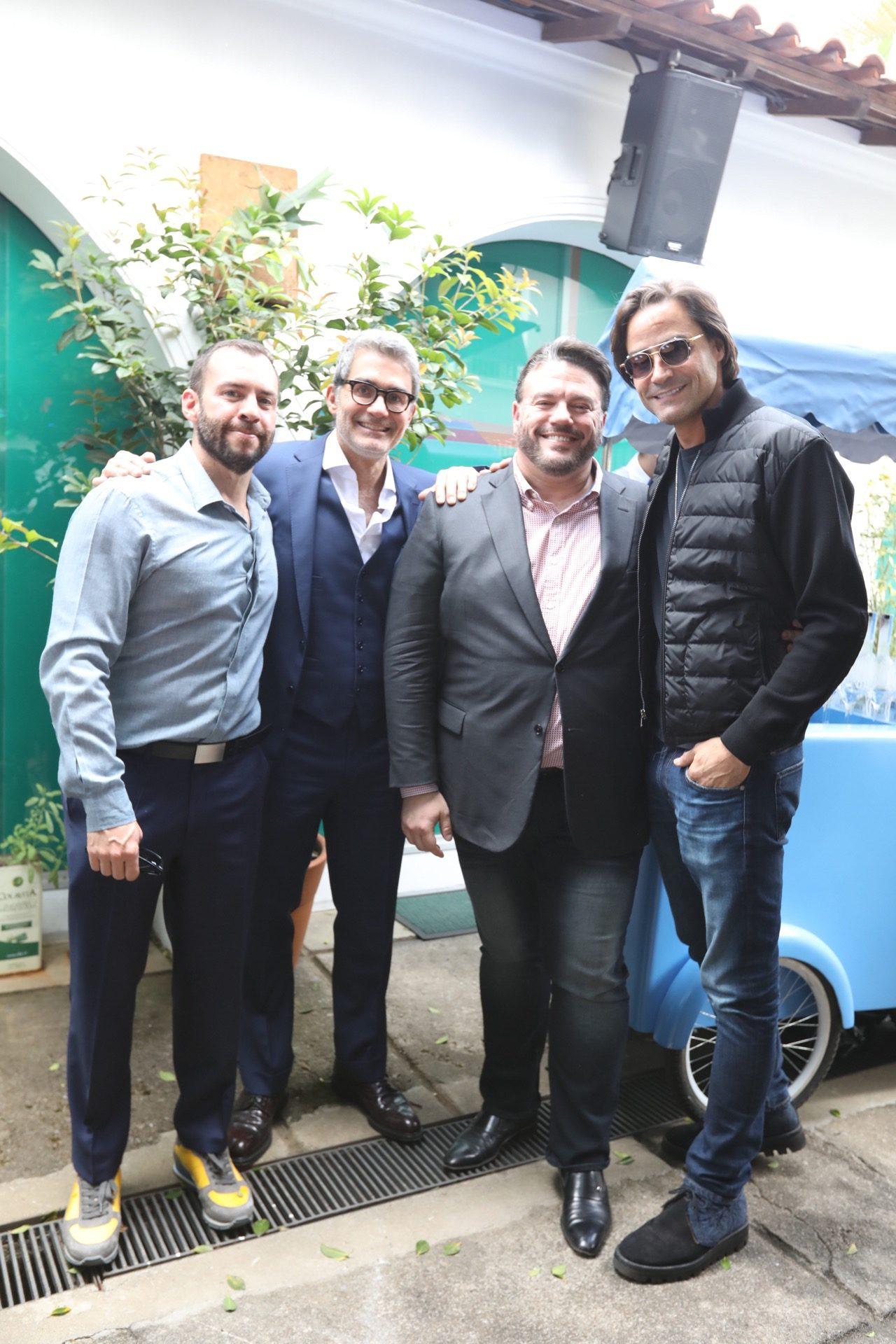 Josh Wood, Felipe Diniz, Eric Muscatell e Dinho Diniz