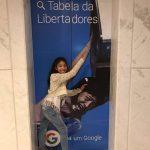 Chloe, do meme, está no Brasil e encontrou a Giovanna do forninho