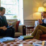 Em rara entrevista, príncipe William diz que não quer que George cresça atrás das paredes do palácio
