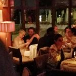 Funcionários são demitidos após vazamento de foto de Katy Perry jantando com Robert Pattinson