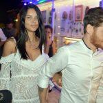 Adriana Lima assume namoro com escritor turco