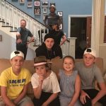 "Família Beckham visita set de ""Modern Family"""