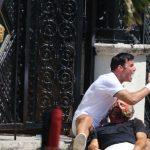 Ex-namorado de Versace critica cena de série sobre estilista