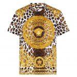 Versace lança linha de camisetas em homenagem a seu fundador