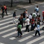 Pedestres e ciclistas poderão ser multados a partir do ano que vem
