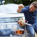 """Land Rover constroi carro """"cozinha"""" para o top chef Jamie Oliver"""