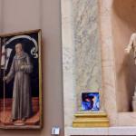 Fã dribla seguranças e pendura novo álbum da Lorde no Louvre