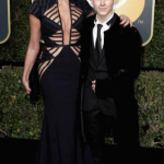 Sharon Stone usa vestido de estilista brasileiro no Golden Globes