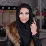 Dias após anuncio, Amen Khan, Primeira modelo de hijab, rescinde contrato com a L'oréal