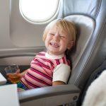 6 dicas para viajar de avião com crianças