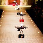 Dolce & Gabbana substitui modelos por drones