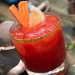 Confira receitas de drinks leves para torcer pelo Brasil amanhã de manhã