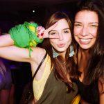 Giovana Lancelloti e amiga
