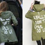 Melania Trump usa casaco com frase 'eu realmente não me importo' ao viajar para visitar crianças na fronteira