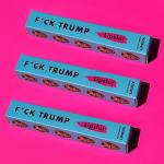 """Fuck Trump"": lucro de batom ajuda imigrantes"