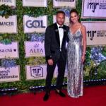Neymar promove leilão beneficente no hotel Unique