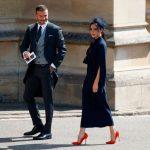 Victoria Beckham coloca vestido que usou em casamento real à venda