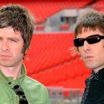 """""""Vamos voltar com o Oasis, eu pago a bebida"""", pede Liam Gallagher ao irmão"""