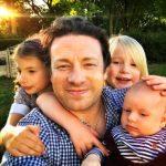Chef Jamie Oliver captura ladrão que invadia casa de Kate Moss