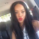 Rihanna se recusa a cantar no Super Bowl em defesa de jogador que protestou por questões raciais