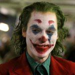 """Figurantes do longa """"The Joker"""" ficam presos e urinam em metrô"""