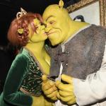 Heidi Klum se transforma em Fiona, do 'Shrek', em tradicional festa de Halloween