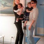 Nicole Kidman fala pela 1ª vez sobre filhos com Tom Cruise seguirem pai na Cientologia