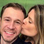 "Tiago Leifert conta que esposa já se inscreveu para ""BBB"""