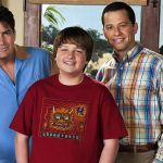 "Jon Cryer, o Alan de ""Two and a Half Men"" revela como era trabalhar com Charlie Sheen"