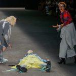 Modelo morre após mal súbito em desfile do SPFW