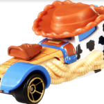 Personagens de Toy Story se transformam em carrinhos Hot Wheels