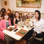 Sophia Bonjuan, Barbara Konidis e Emmanuelle Carvalho