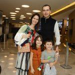 Viviane e Claudio Pires com Andre e Carol