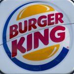Justiça determina que Burger King permita que trabalhadores atuem de barba