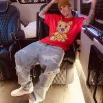 Justin Bieber faz desabafo sobre depressão, uso de drogas e fé em Deus