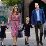 Princesa Charlotte vai à escola pela primeira vez
