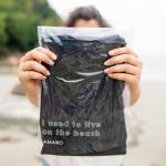 AMARO lança nova embalagem com plástico coletado da costa brasileira