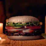 Burger King lança hambúrguer de Halloween