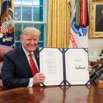 Trump muda residência oficial de Nova York para a Flórida