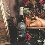 Odfjell com saca-rolhas e porta vinho neoprene preto World Wine R$161,00